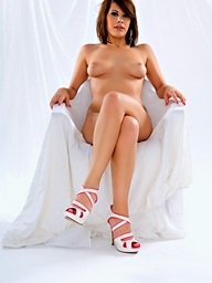Coco Charnelle wonderful and glamour in withe studio!