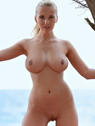Outstanding babe Janine with consummate body and..