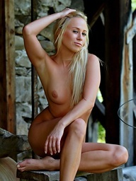 Blond sweetheart Carla have a nice tight body with..