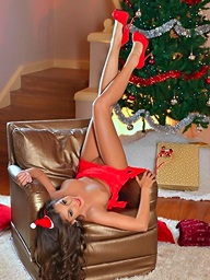 Lia Taylor christmas..