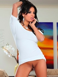Anissa Kate models her..