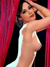 Nikita Bellucci..